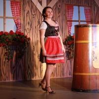"""11.11. in der Linde: Als """"Marie aus Bergasreut"""" konnte Laura Stross viel aus Ihrem bäuerlichen Leben erzählen."""