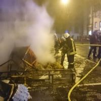 Verbrennung auf dem Stephansplatz: Sie wurde aber sofort von der Feuerwehr wieder gelöscht.