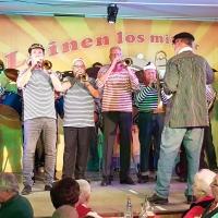 11.11. in der Linde: Den Abend eröffnete die Clowngruppe der Schneckenburg.