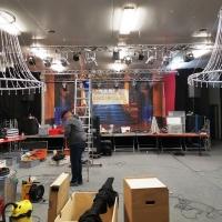 11.11. der Schneckenburg: Aufbau in  der Radsporthalle.