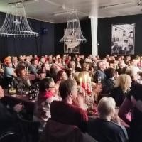 11.11. der Schneckenburg: Das Publikum saß schon gebannt auf ihren Plätzen.