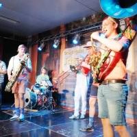 11.11. der Schneckenburg: Nach der Pause spielte die Band New Jams.