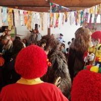Schmutziger Donnerstag: Die Clowngruppe spielte im Kindergarten Löwenzahn.