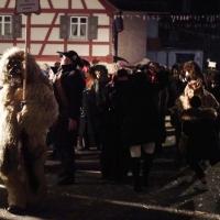 Nachtumzug in Eigeltingen: Schneeschreck und Räuber waren vor Ort.